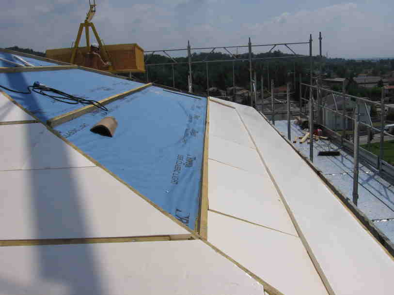 ristrutturazione 2007 copertura_del_presbiterio_2