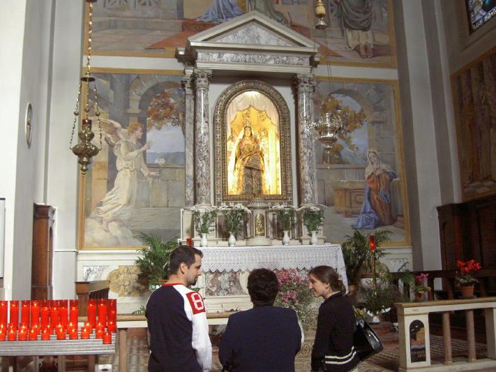 Santuario_-altare_Madonna_dell_Acqua